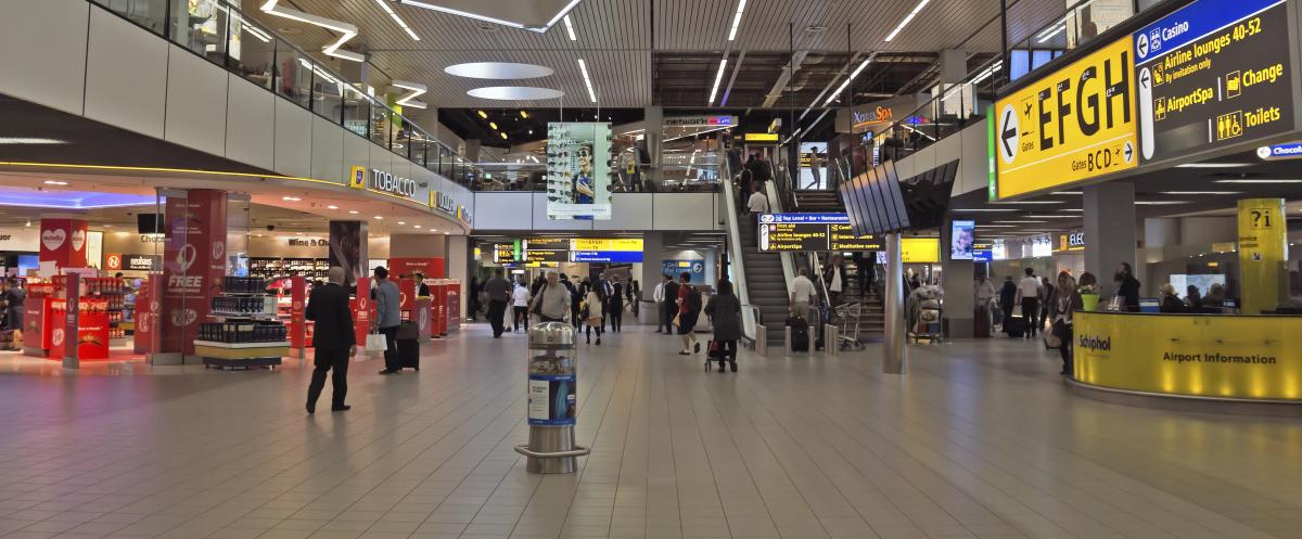 Philips provides Light as a Service to Schiphol Airport
