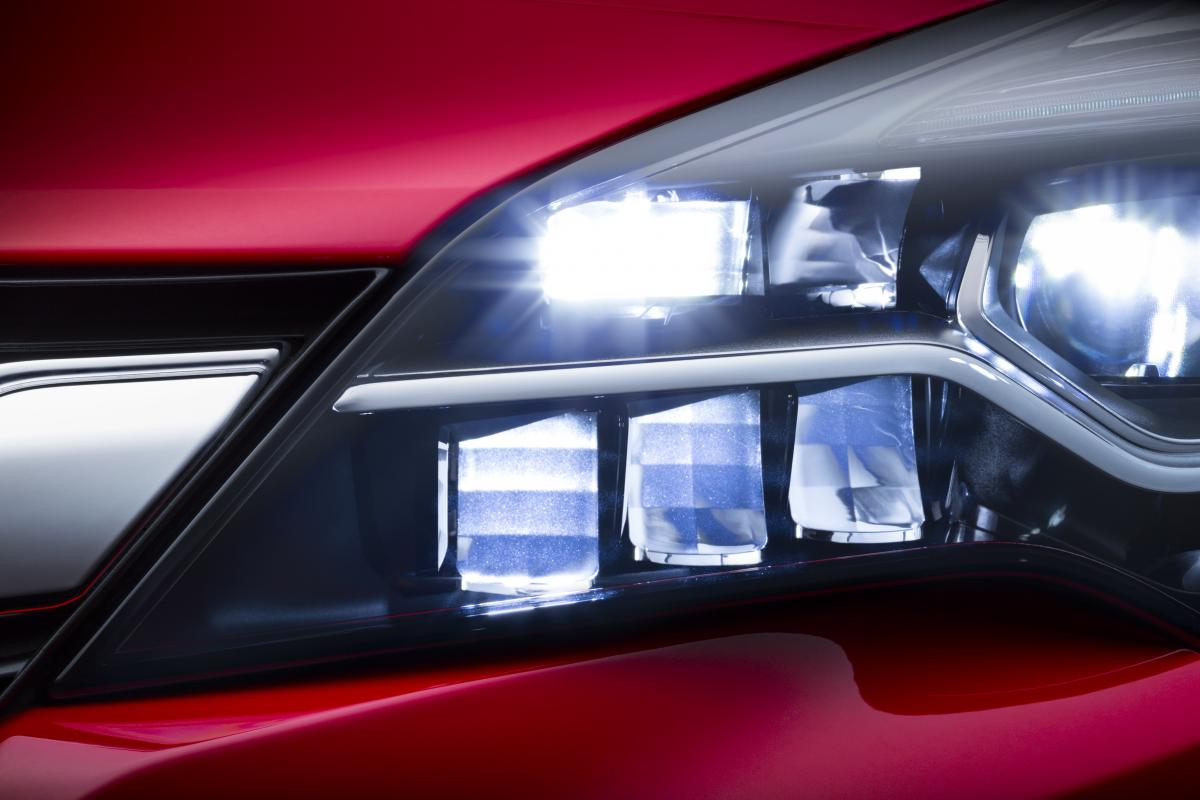 Next generation Opel Astra with IntelliLux LED Matrix Light
