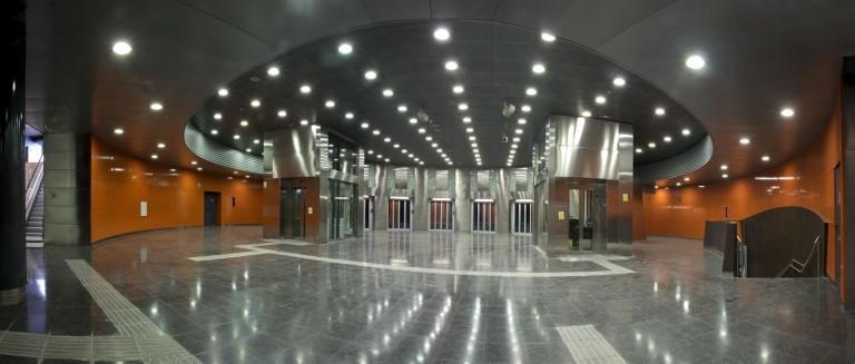 thyssenkrupp transforms passenger experience in Barcelona's metro stations