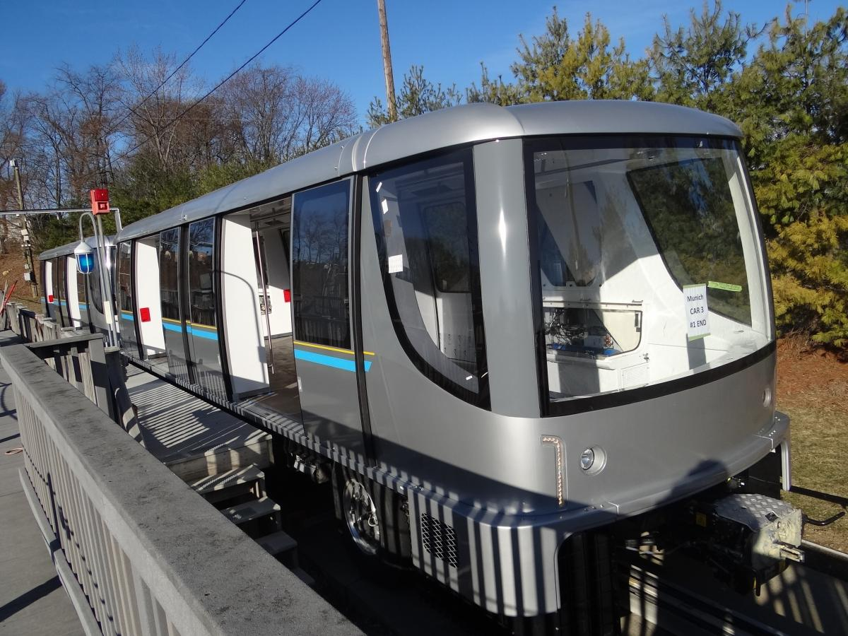 Bombardier's INNOVIA APM 300 automated people mover system enters service at Munich Airport